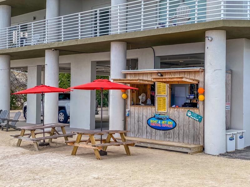 Hadley-House-Resort-800px-20200220-IMG_2526